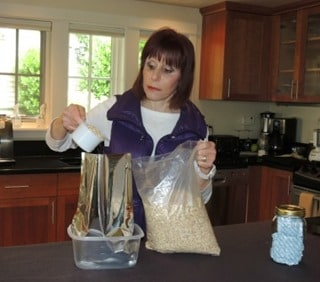 3FoodStorage Add Oatmeal to Mylar Bag