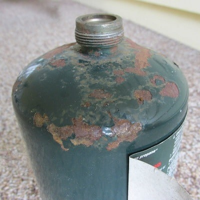 Rusted top of Propane Cylinder| Backdoor Survival