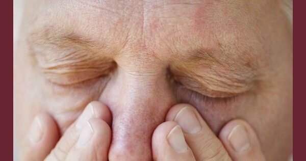 How to Use Essential Oils to Relieve Sinus Congestion