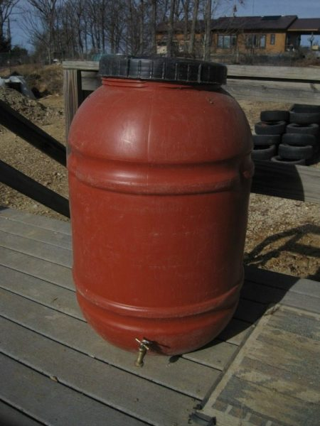 Rain Barrel With Spigot | Backdoor Survival