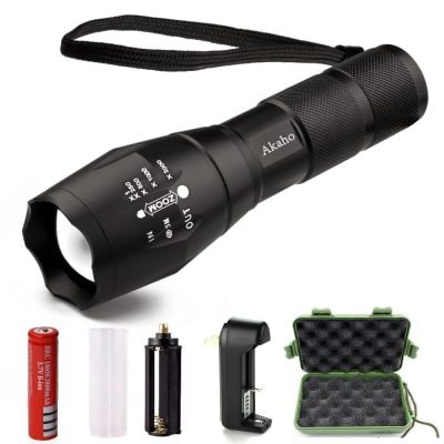 LED Tactical Flashlight Akaho 900 Lumen