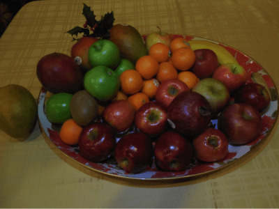 fruits apples oranges mango platter banana