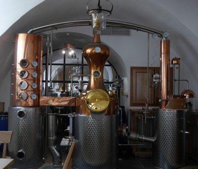 distillation alcohol machine