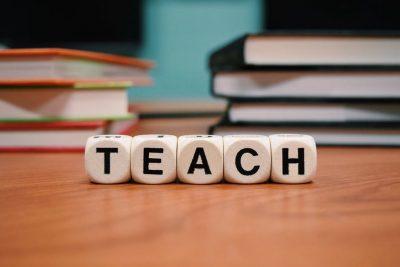 teach blocks on table