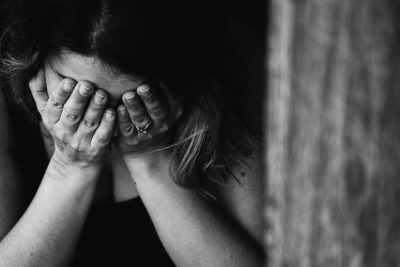 girl crying pain