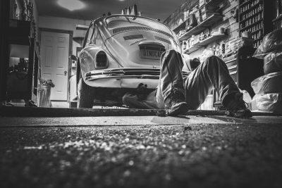old car garage fixing